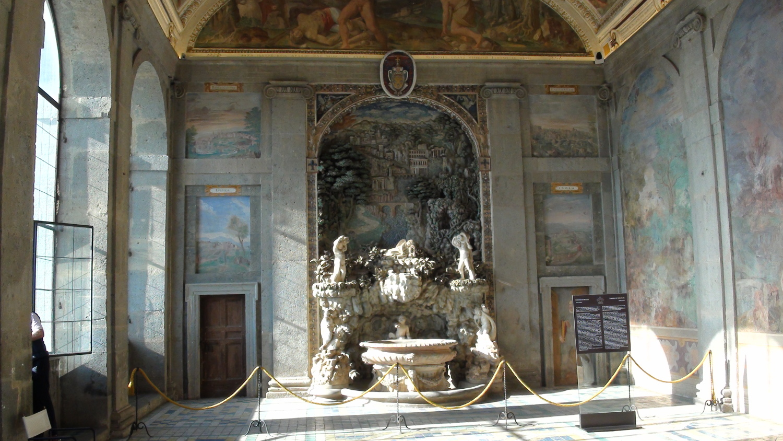 Villa-Farnese9.jpg